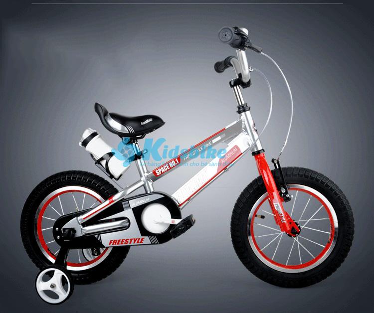 Xe đạp Royalbaby Freestyle Alumium Aloy rb12-17 dành cho bé đi kèm bình nước
